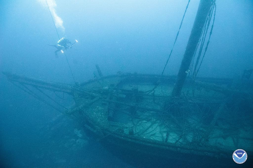 Lake Michigan shipwreck from 1873 discovered near South Haven - 95 3 MNC